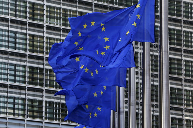 © Reuters.  EU watchdog says banks face 135 billion euro capital shortfall