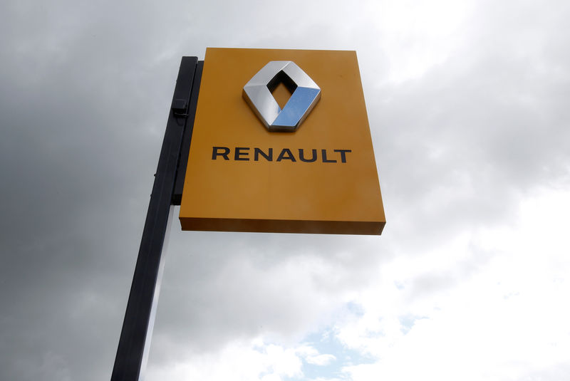 French official says 'not aware' of new discussions on Renault, Fiat Chrysler alliance By Reuters