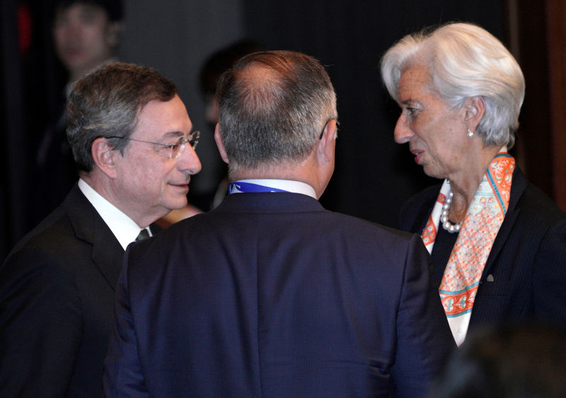 Draghi's parting gift to tie Lagarde's hands By Reuters