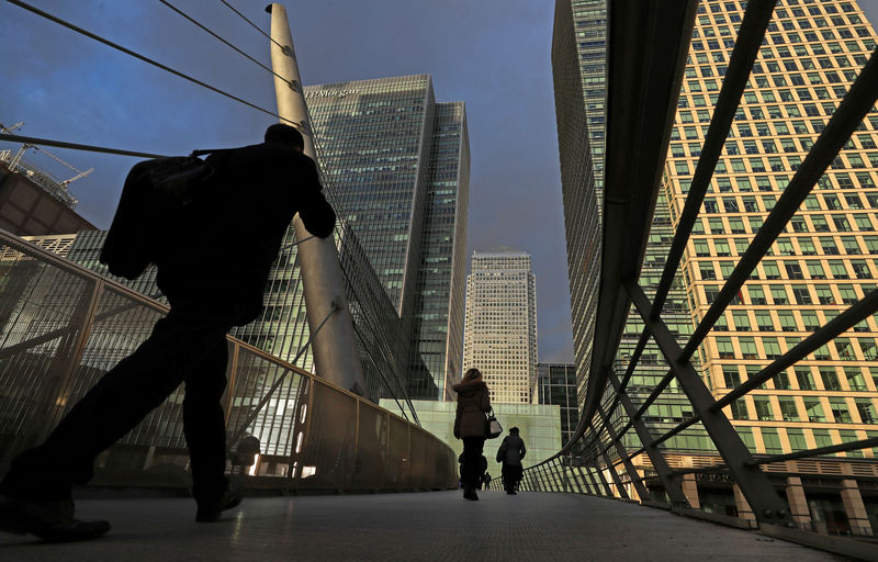 Act now to get ready for recession, think-tank urges Britain By Reuters
