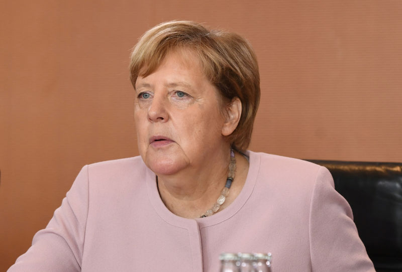 Merkel hopes China-U.S. trade problems will be over soon By Reuters