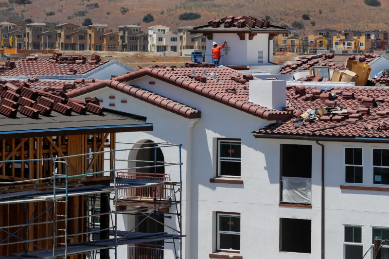 U.S. existing home sales rise to 17-month high in August By Reuters
