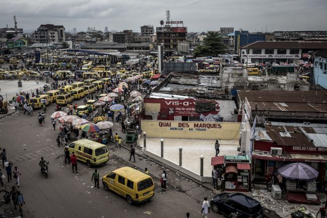 © Bloomberg. Yellow taxi van vehicles line the streets in the Victoire district of Kinshasa, Democratic Republic of the Congo, on Friday, Jan. 11, 2019. The disputed presidential election result could lead to legal challenges and a prolonged period of political uncertainty -- the last thing that