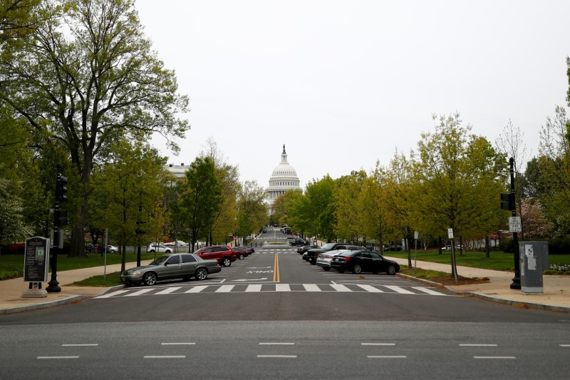 © Reuters. The U.S. Capitol building is seen ahead of vote on coronavirus relief bill in Washington