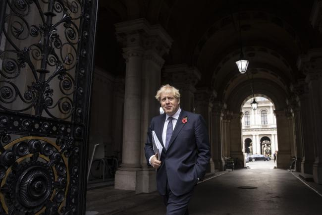 © Bloomberg. Boris Johnson, U.K. prime minister, departs following a weekly meeting of cabinet ministers in London, U.K., on Tuesday, Nov. 10, 2020. The U.K.