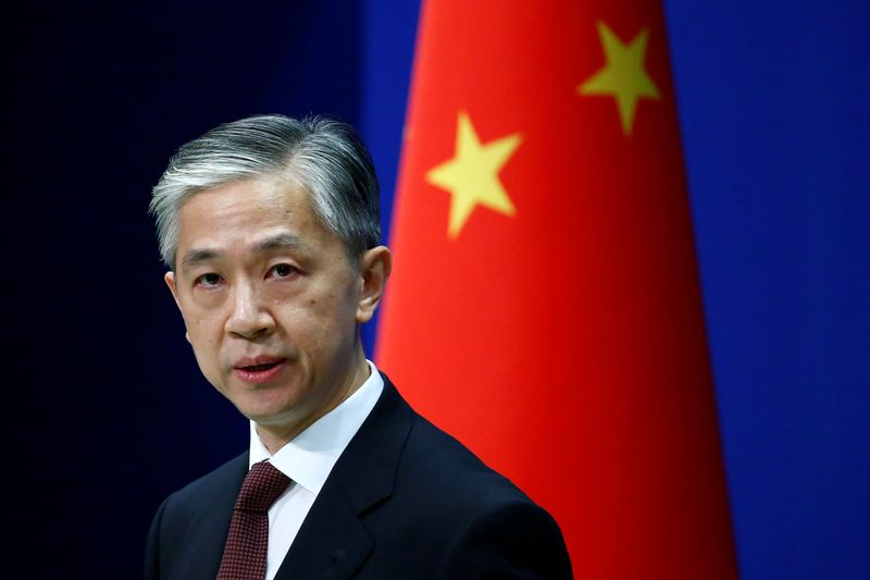 © Reuters. FILE PHOTO: Chinese Foreign Ministry spokesman Wang Wenbin speaks during a news conference in Beijing