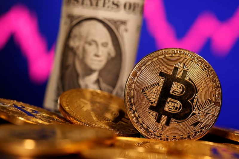 Bitcoin Nears $50k, Texas Blackouts Lift Oil, Nissan-Apple – What's up in Markets